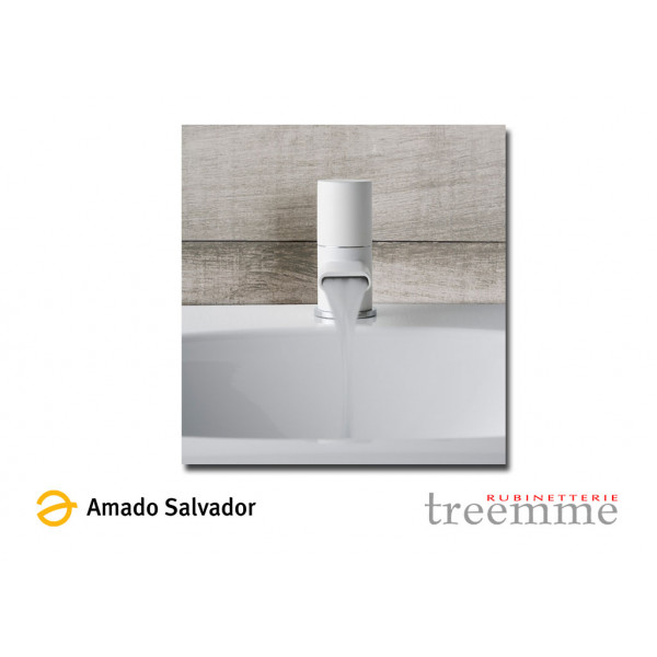 Mezclador Nanotech monomando cromo pulido blanco para lavabo diseñado por PHICUBO ALESSANDRA - BERTIN GIANLUCA BELLI.