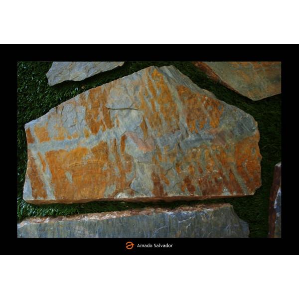 Piedra natural Pizarra Gris oxidada irregular espesor 3-4 cm