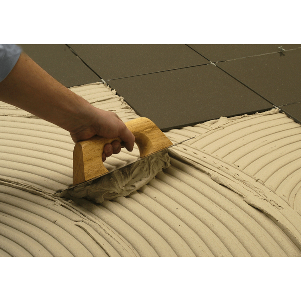 Cemento cola especial para porcelánico para formatos pequeños y medianos clasif. Europea C2T 25Kg